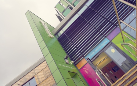 Contra Vision adds colour to the facade